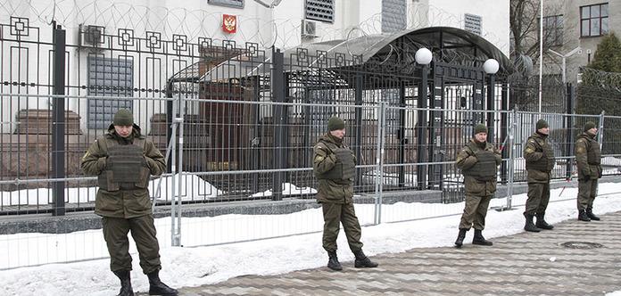 За бранців Кремля: Геращенко закликала українську діаспори по всьому світу пікетувати посольства РФ