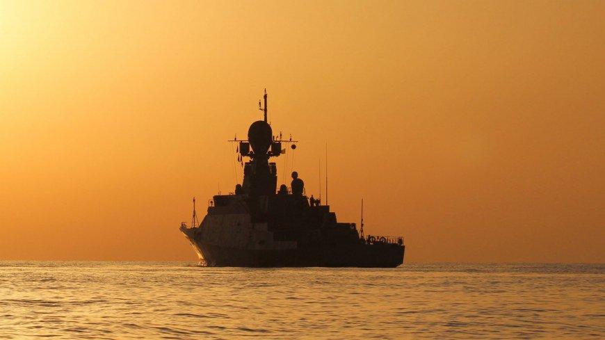 РФ перебрасывает в Азовское море боевые корабли из Сирии