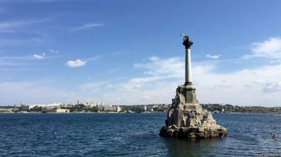 Рука Москвы давно тянулась к Крыму