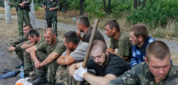 Військова прокуратура: бойовики піддали тортурам 3,5 тисячі полонених