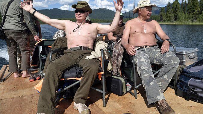 Видео отдыха Путина взорвало соцсети: в Сети смеются над провалом президента РФ