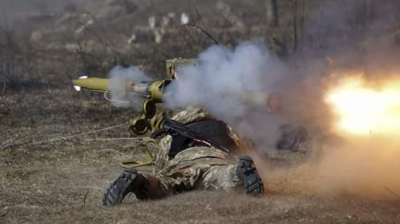 На Донбассе боевики бьют из ПТРК и ЗУ, трое украинских военных ранены