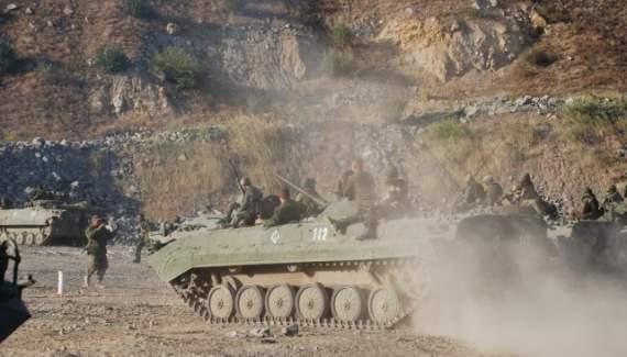Разведка: на Донбассе террористы усиливают передовую и проводят ротацию