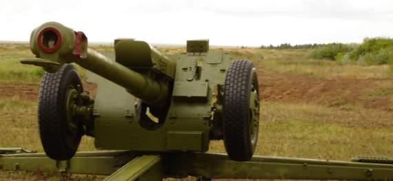 Боевики подтянули гаубицы к Докучаевску