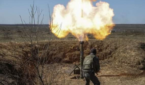 Террористы атаковали минометами Широкино и Гнутово