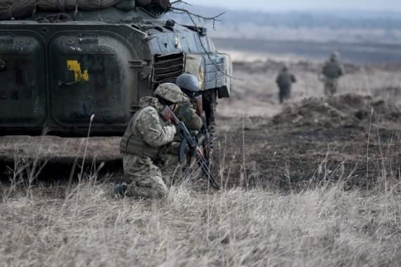 ВСУ отбили атаку боевиков на Светлодарской дуге