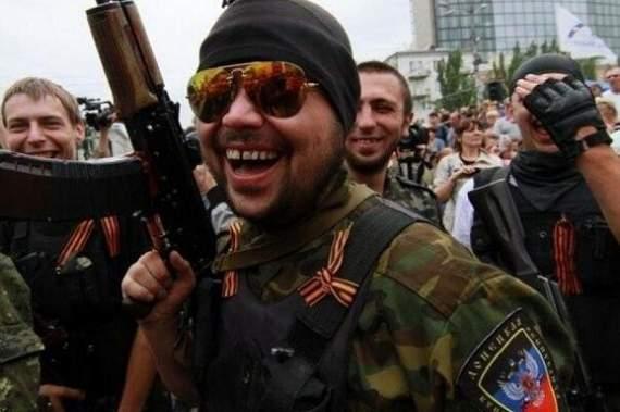 """Террористы """"ДНР"""" толпой изнасиловали 14-летнюю девочку за минимальную провинность"""