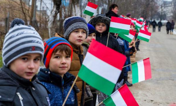 Чемодан, вокзал… Угорщина, — журналіст