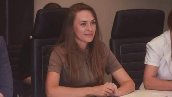 Жена боевика Губарева выставила себя на посмешище