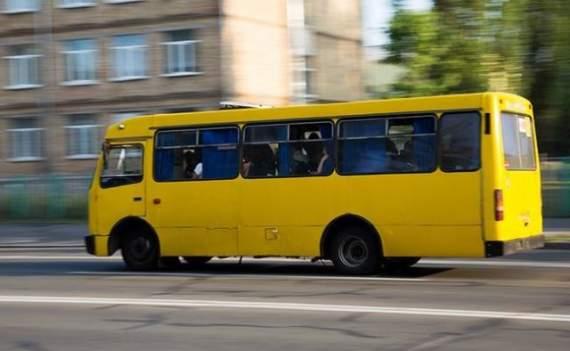 Кличко пожаловался, что водители столичных автобусов поехали на заработки в Европу
