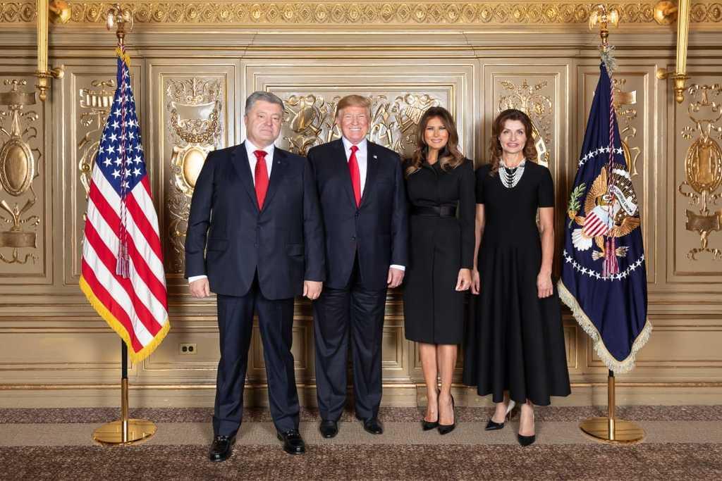 На одній хвилі. Опубліковано разюче фото Порошенка і Трампа в ООН