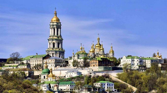 Национальные святыни Украины под угрозой: Москва дала срочное указание УПЦ МП действовать