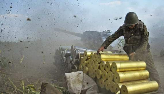 Террористы пошли в атаку на украинские позиции под Донецком