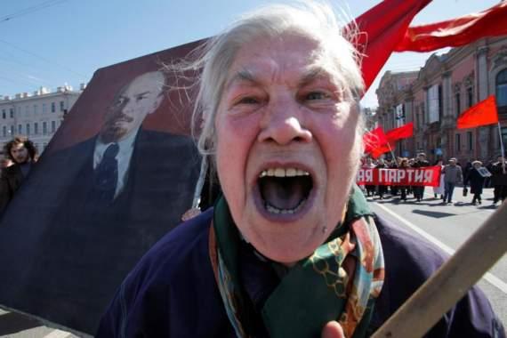 «Маразм крепчал»: в Крыму решили отметить 100-летие комсомола