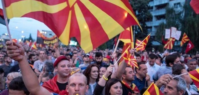 У Македонії йде референдум про перейменування країни