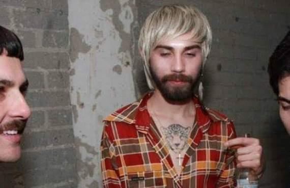«Православный гей»: в сети появилось неоднозначное фото молодого Новинского