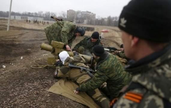 Боевики Донбасса принимают на «службу» наркоманов и психически больных