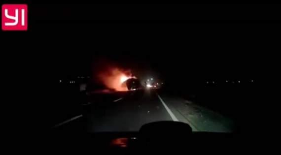 На Львовщине во время движения загорелся туристический автобус с пассажирами