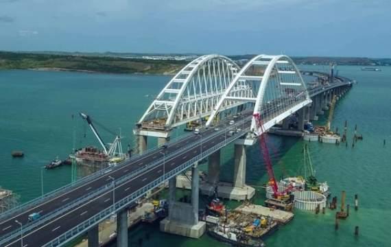 В Крыму признали, что мост оказался бесполезным