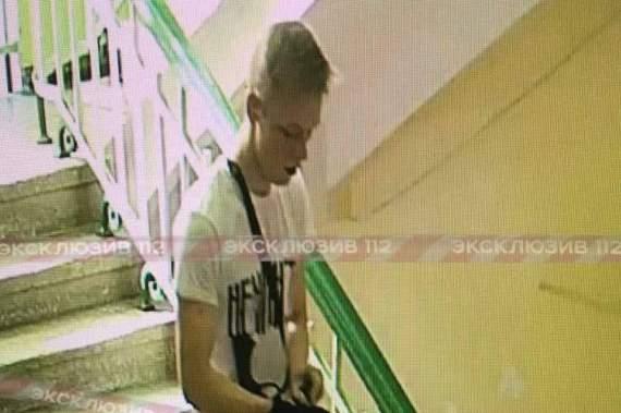 В сети появилось видео взрыва и расстрела в Керченском колледже