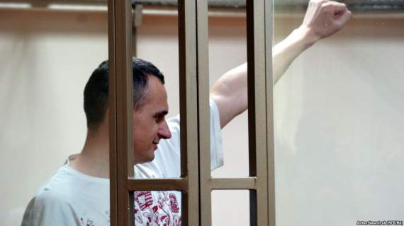DW: Сенцов победил Кремль, показав его панических страх