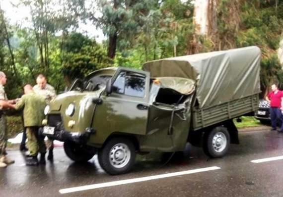 В оккупированной Абхазии дерево упало и убило двоих российских военных. ФОТО