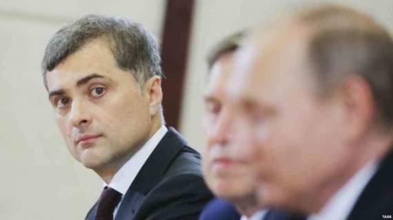 Сурков пообещал боевикам Донбасса «золотые горы» от Путина