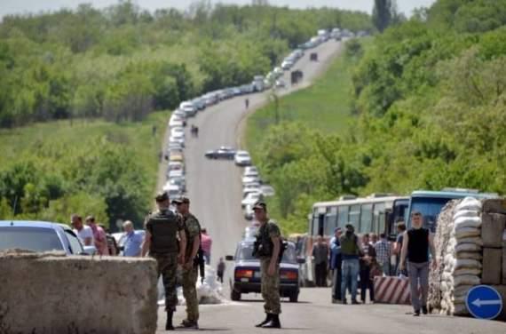 """Боевики """"ДНР"""" ввели запрет на выезд из """"республики"""""""
