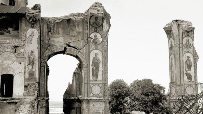 Уничтожение Успенского собора в Лавре в 1941-м – версии историков