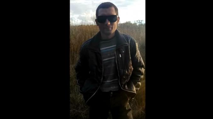 «Валите из Москвы», — житель Донецка поразил Сеть реакцией россиян на «паспорт ДНР» в столице РФ