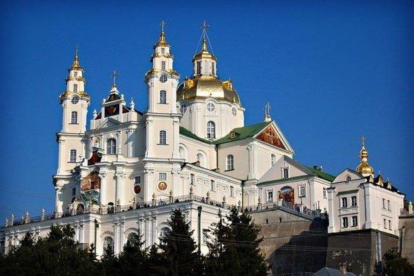 Кабмин вернул Почаевскую лавру в состав Кременецкого заповедника