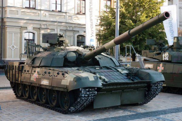 """Почему «Барс-8ММК», Т-72АМТ и автомат """"Малюк"""" так перевозбудили российскую пропаганду, — блогер"""