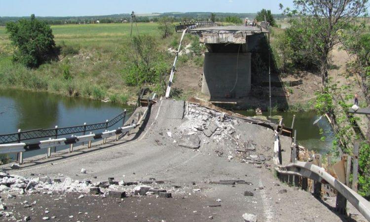За год на РФ рухнуло 100 мостов! И это не закончится пока раша не развалится сама.