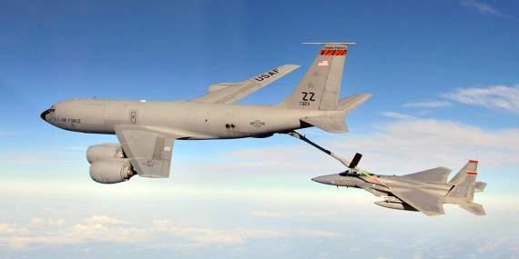 Рухлядь в строю: топ-10 самолётов-ветеранов