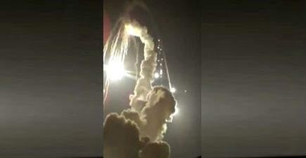 На полигоне в России после запуска упала ракета. Видео