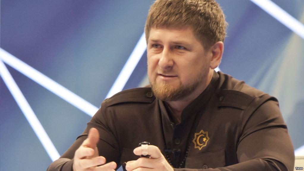 Россия: Кадырова просят не наказывать двоюродного брата за смертельное ДТП