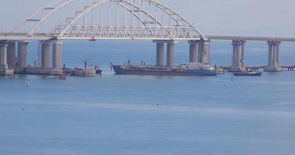 Украина готовит новый рейд кораблей через Керченский пролив – глава СНБО Турчинов