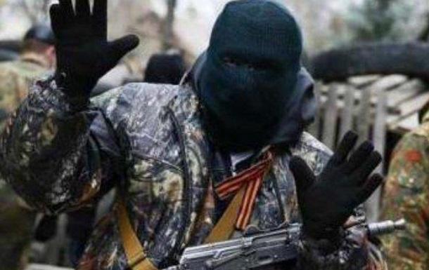 В «днр» школьников заставляют собирать «посылки» для боевиков