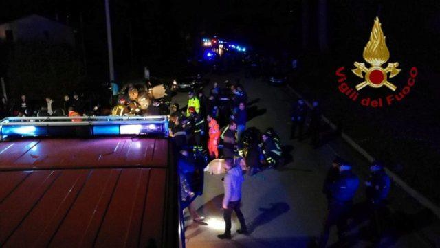 В Италии на рэп-концерте произошла давка: много погибших, более сотни раненых (фото)