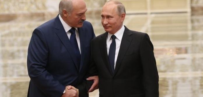 Россия готовит переворот в Беларуси