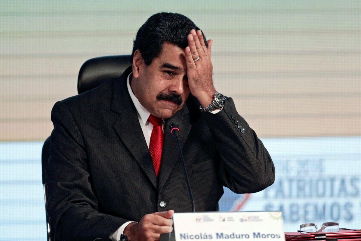 Мадуро выслал из страны посла ЕС в ответ на усиление санкций против Венесуэлы