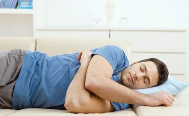 Медики рассказали об ужасных последствиях дневного сна