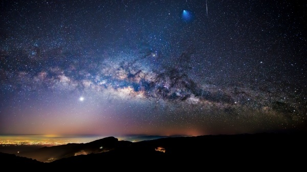 Млечный путь столкнется с «соседом», никто не выживет: ученые предупредили о катастрофе