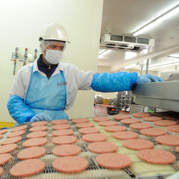 Производители превращают продукты в убийц: не мясо, дрожжи и растительный жир
