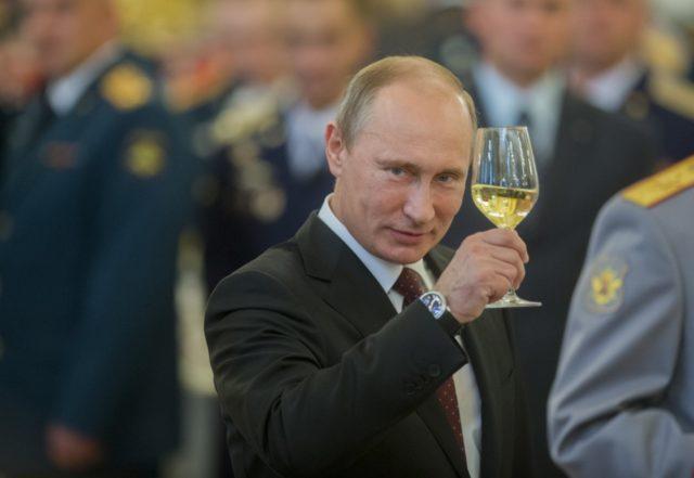 Путин собирается бежать из страны: «вертолеты уже наготове»