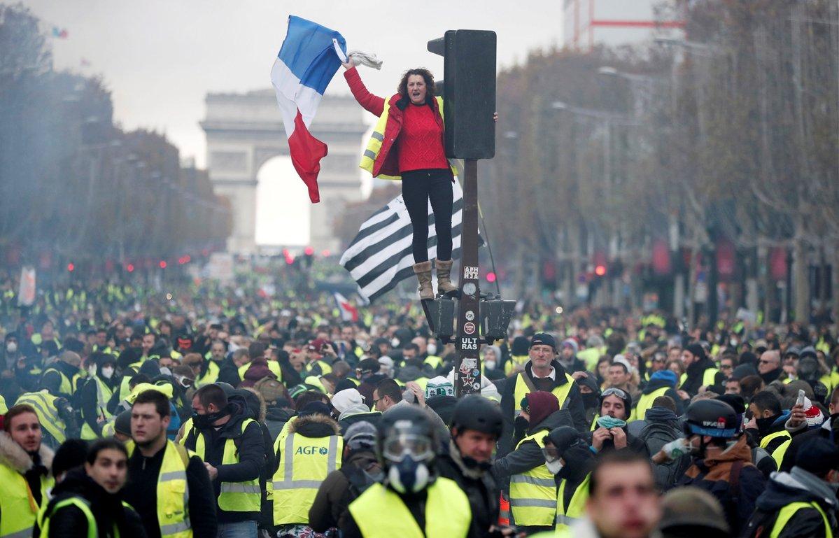 Создать «Народную республику» в Европе очень просто, — журналист