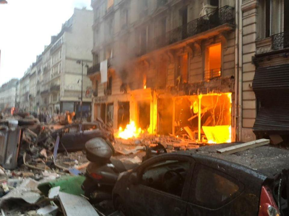 В Париже прогремел сильный взрыв, много пострадавших