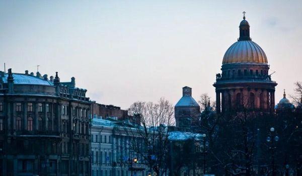 «Это просто ад, смесь мракобесия и карго-культа»: в российских храмах уже поют песни о ядерном ударе по США