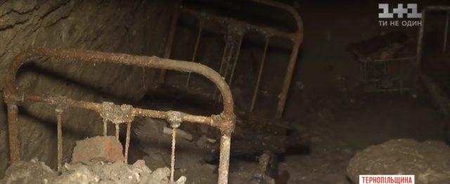 Коммунальщики раскопали «тайную комнату» в Тернополе: «прятались евреи и члены УПА»