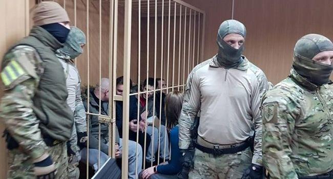 «РФ унижает наше государство, унижает каждого гражданина Украины»: Цимбалюк показал мощное фото пленных украинских моряков